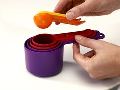 Measuring Cups, Spoons & Scoops