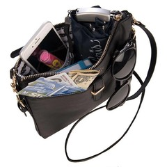 Products tagged with crossbody bag
