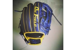 On Field On Field Pro Series euro kip OF-1 Navy/Yellow 11.5''