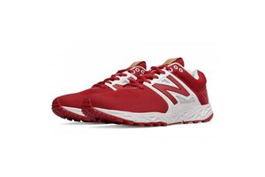 New Balance Athletic shoe inc New Balance T3000TR3 turf Red and white