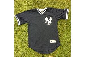 Majestic Majestic NY Yankees team navy V Neck