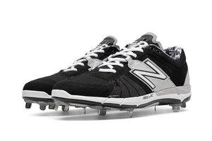 New Balance Athletic shoe inc New Balance Low-Cut 3000v2 Metal Cleat