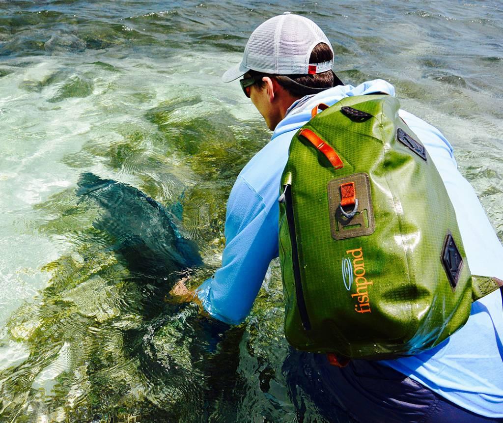 Fishpond Thunderhead Sling - Cutthroat Green