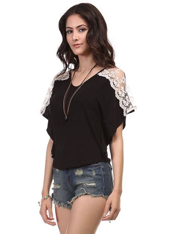 Heart and Hips Lace Detail Sholder Top