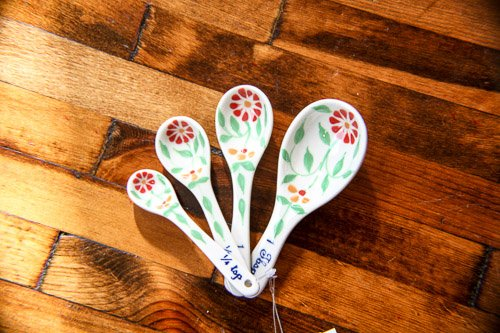 Craft Link Vietnamese Floral Measuring Spoons