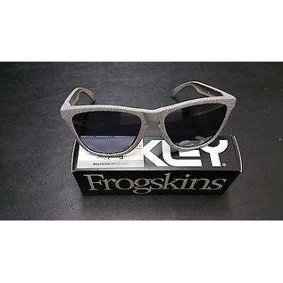 Oakley Oakley - FROGSKINS - Smoke w/ Grey