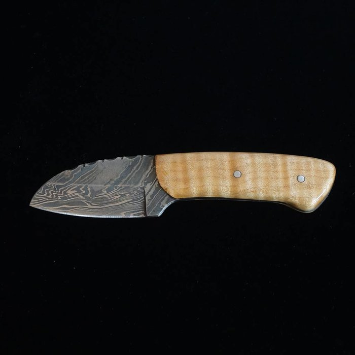 Wolf Track Custom Damascus Knife - WT122DG
