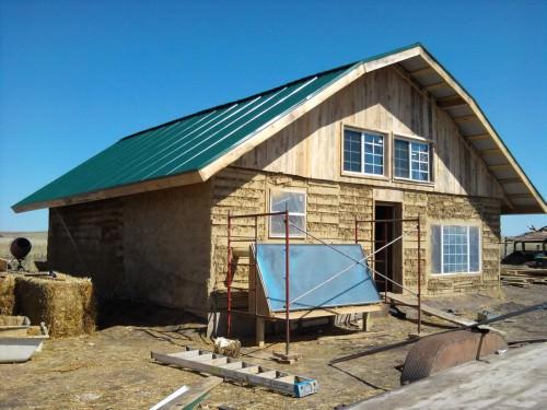 Blogue palettes de bois 8 maisons qui r veilleront votre esprit bricoleur konifer watch - Maison palette ...