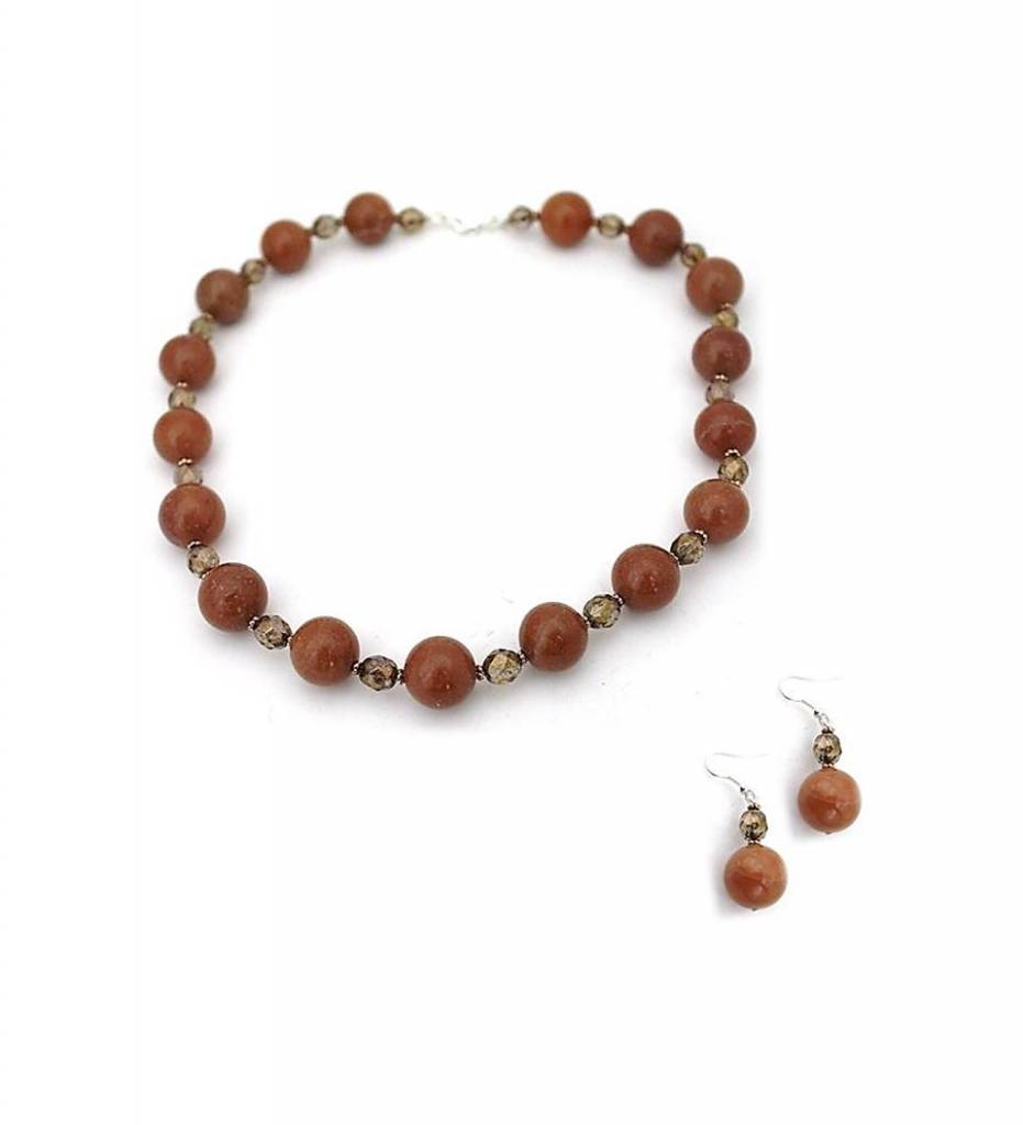 olivine prev close chevere necklace jr lava and star beads product up