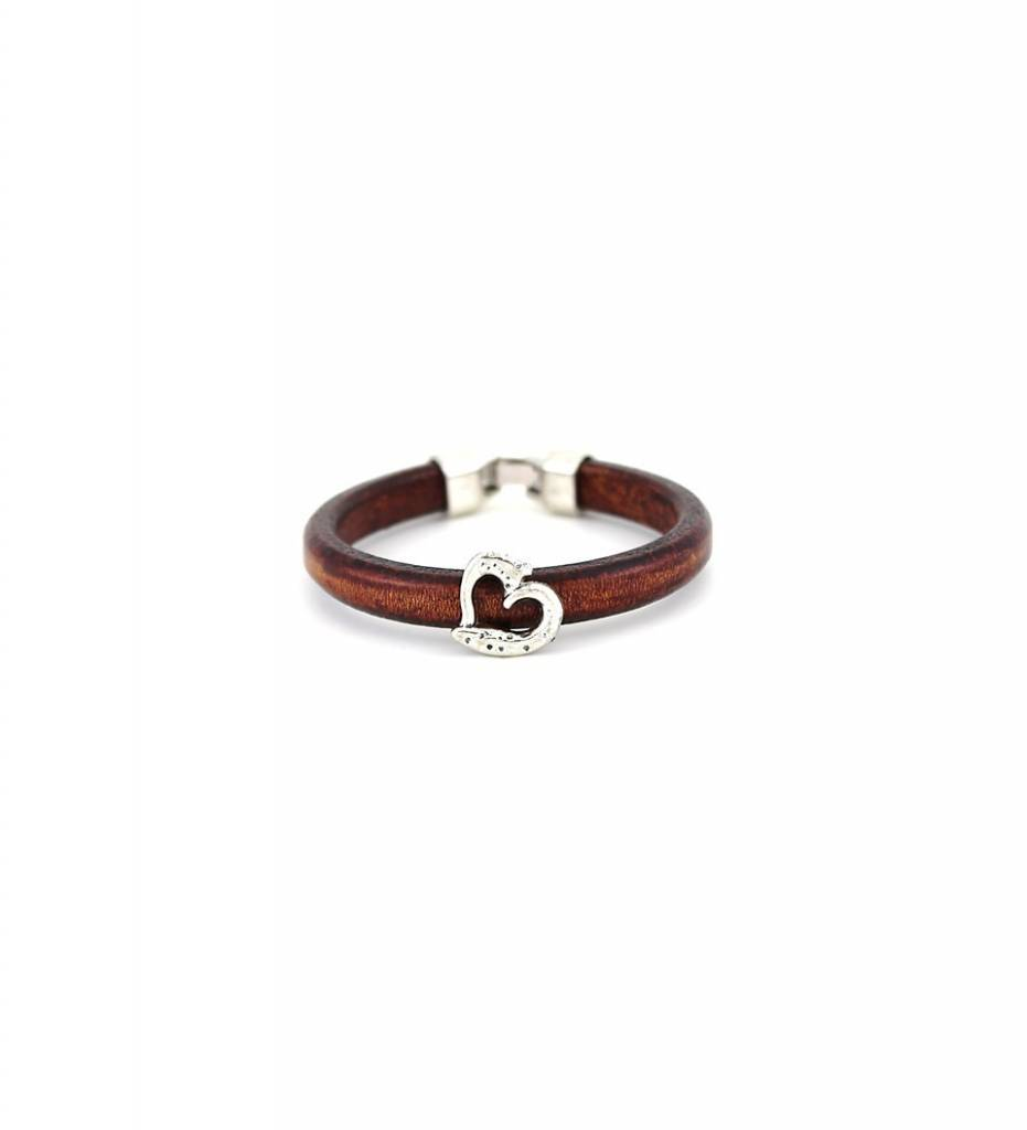 *JM Silver Heart Charm with Brown Round Leather BRACELET