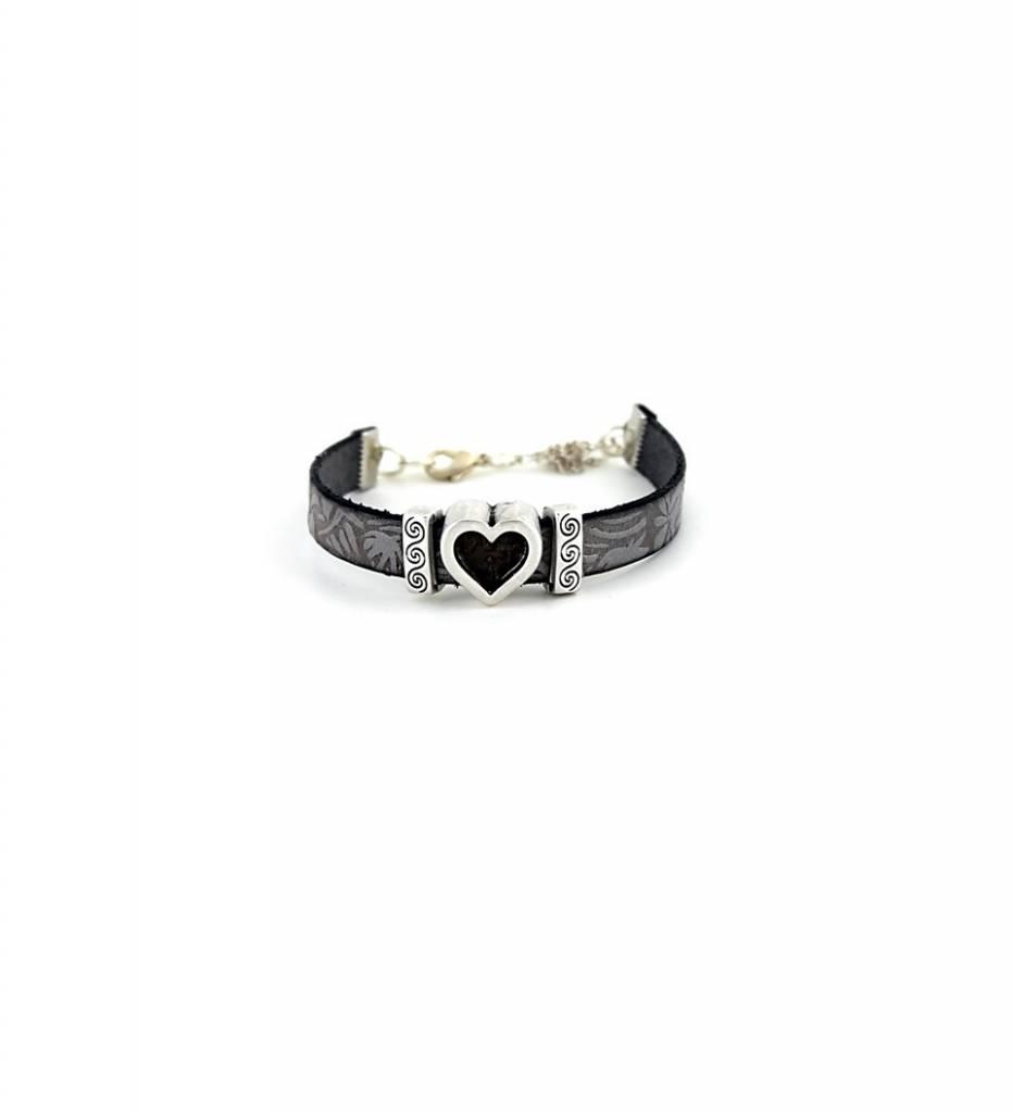 *JM Silver Heart Charm with Gray Designed Flat Medium Leather BRACELET