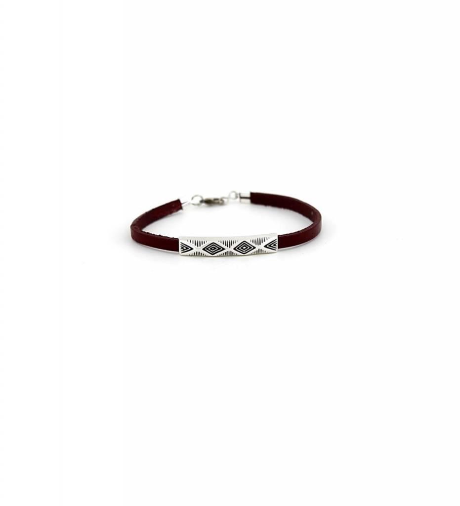 *JM Silver Diamond Designed Charm with Maroon Flat Leather Small BRACELET