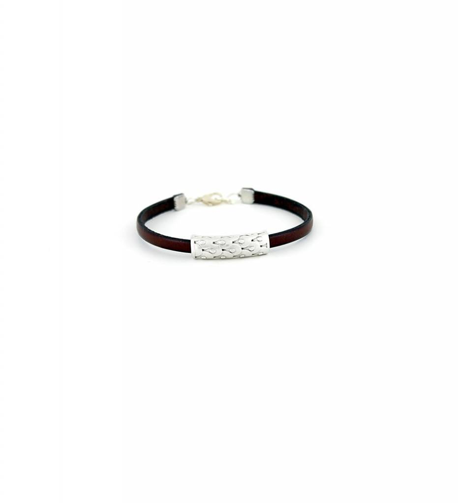 *JM Silver Designed Charm with Brown Flat Leather Small BRACELET