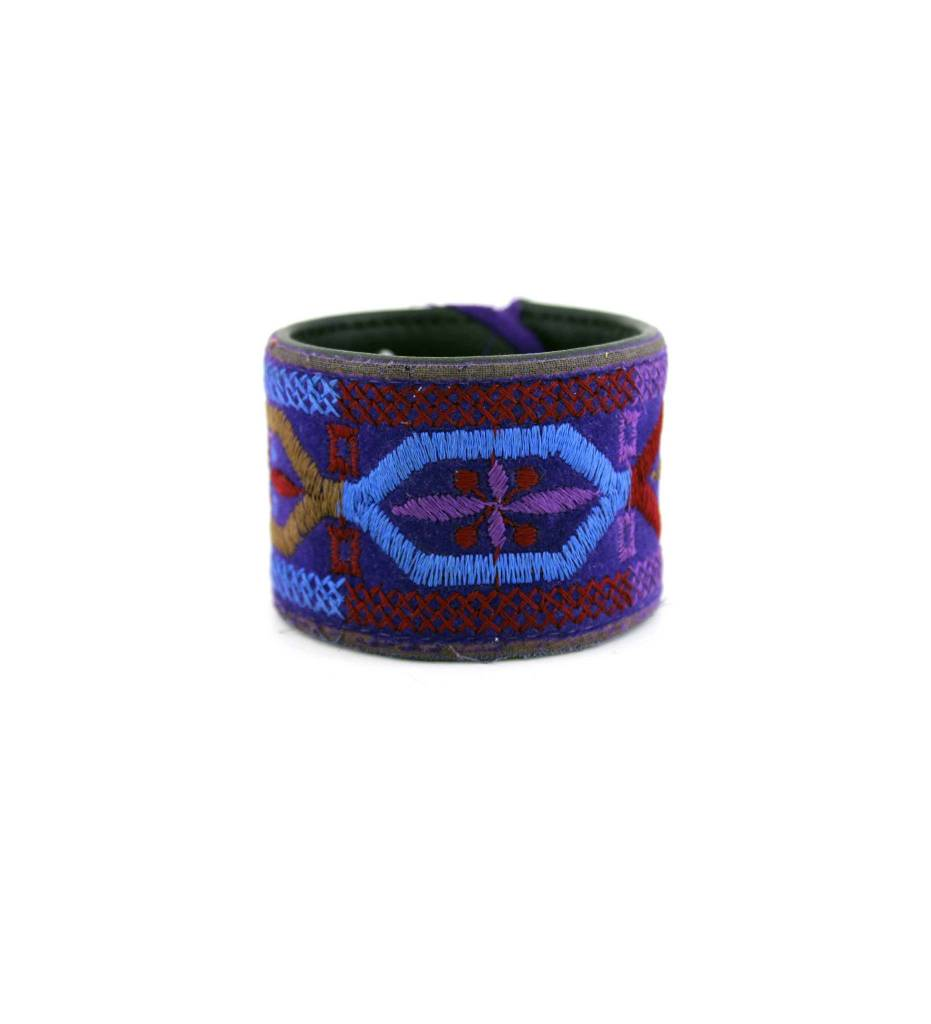 *GJ Fore-Worn Purple BRACELET