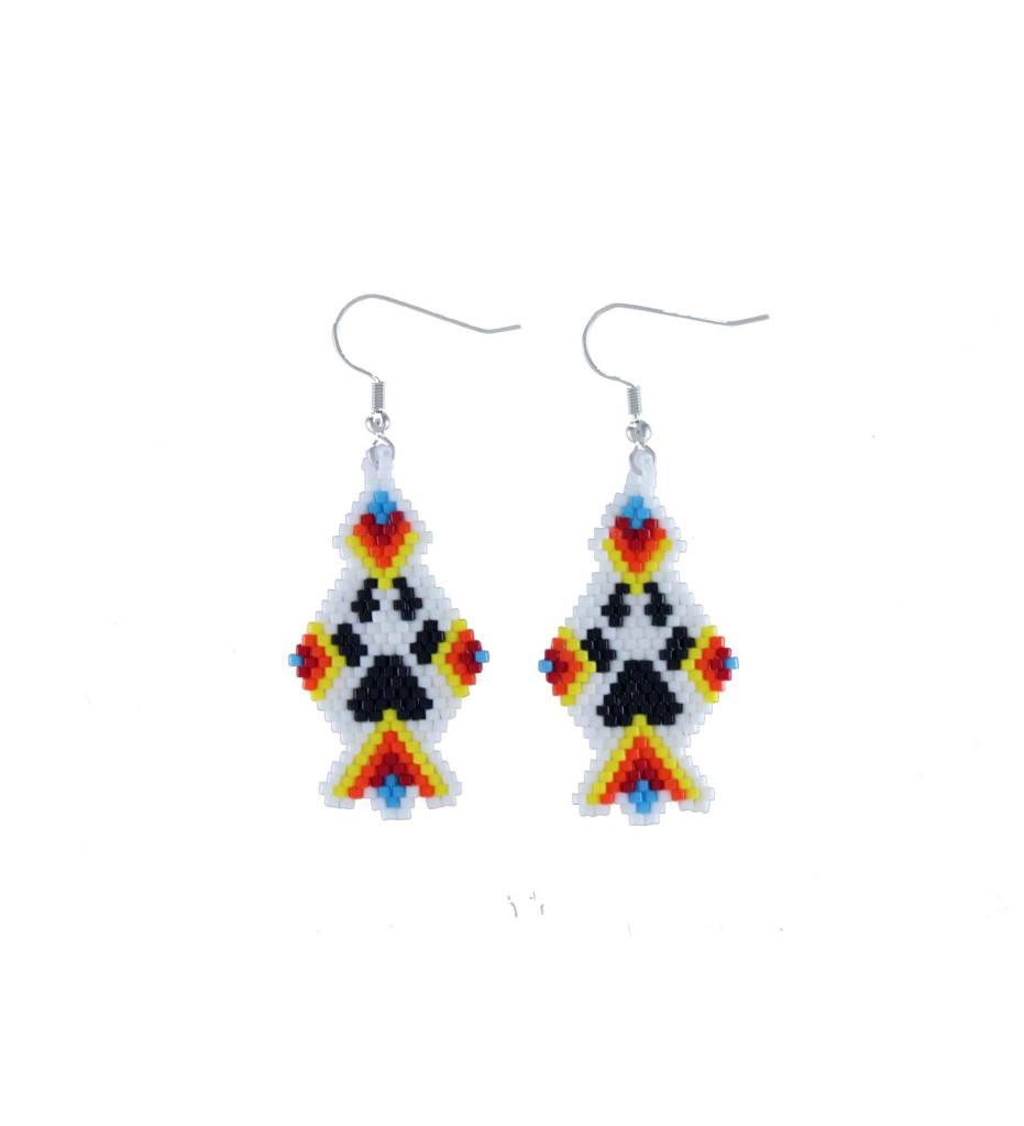 *TC Variety Color Black Bear Claw Beaded Earrings