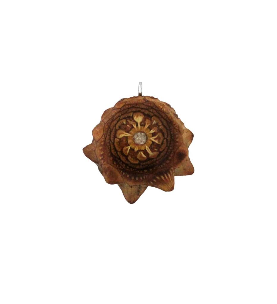 *ZM LG Pine Cone / Mother of Pearl Pendant