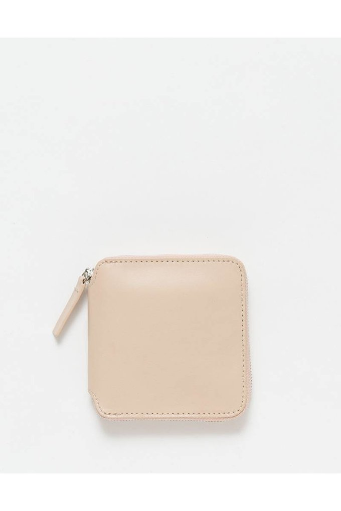 Baggu Square Wallet in Fawn