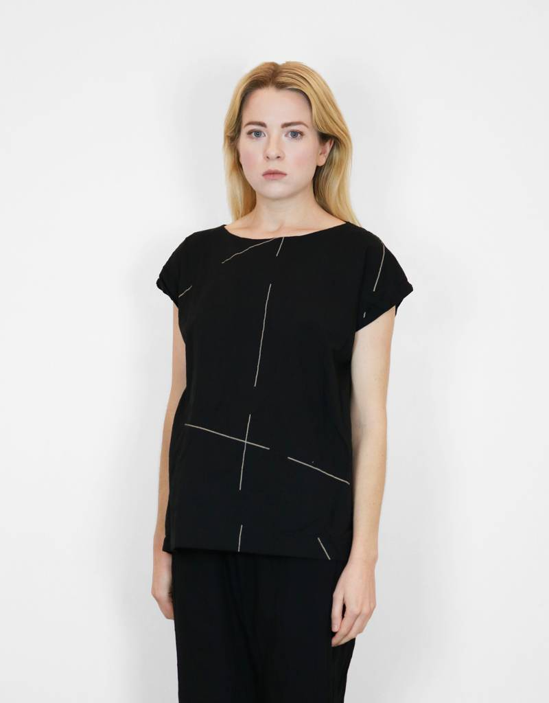 UZINYC Tunic in Black Beams