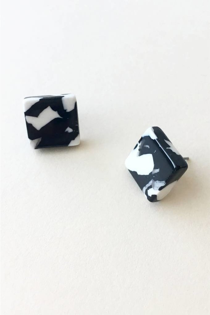 Machete Block Earrings in Noir Tortoise