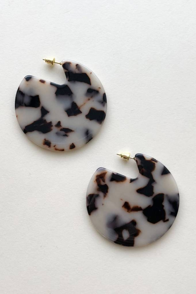 Machete Clare Earrings in Ash Blonde