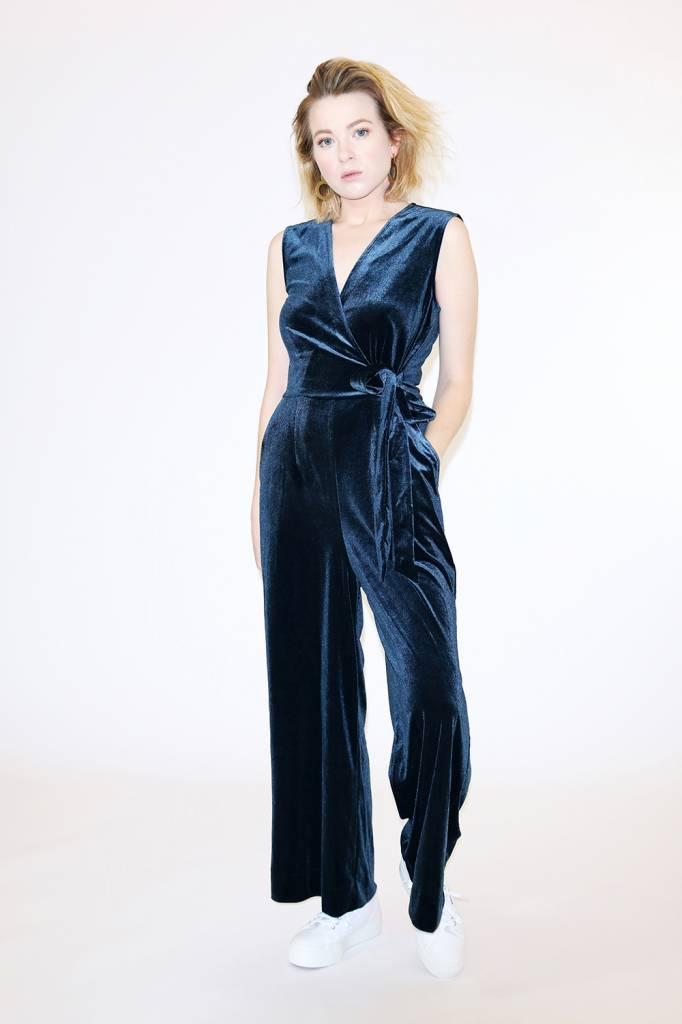 Just Female Clara Velvet Jumpsuit in Dark Sapphire