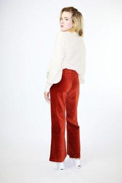 Paloma Wool Wadi Velvet Pants in Wine