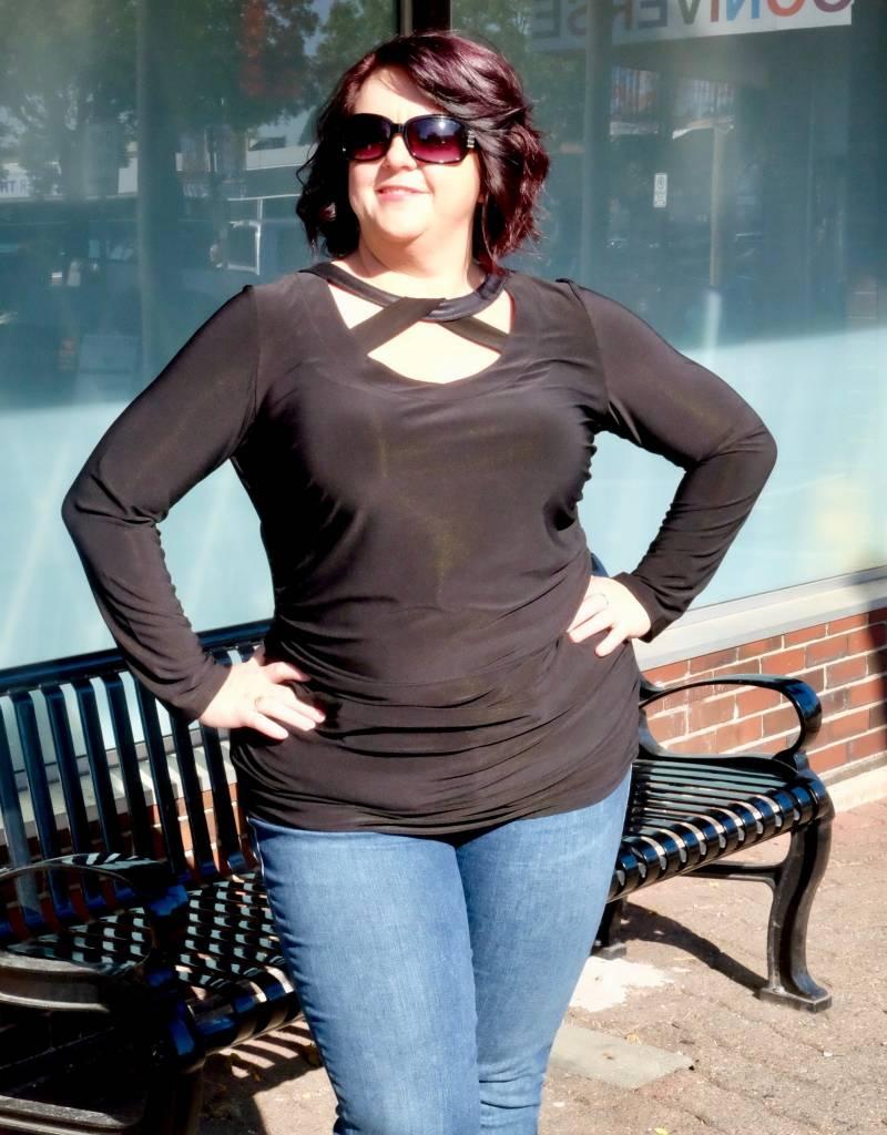 Artex Fashion Curvy Top
