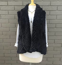 Love Token Alicia Black Faux Fur Vest