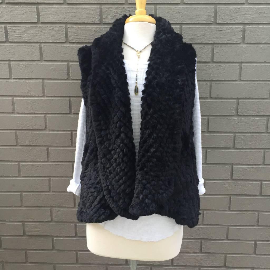 Love Token Alicia Black Faux Fur Vest