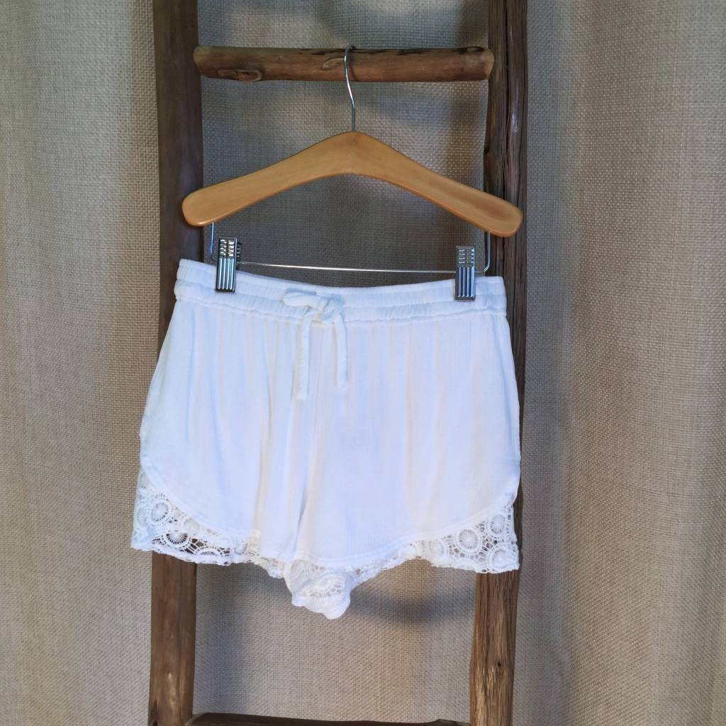 Splendid White Gauze Lace Trim Short