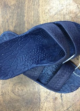 The Jandal Navy or White