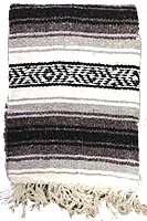 Diamond T Outfitters Santa Fe Throw