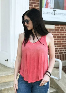 Diamond T Outfitters The Vagabond Spiced Coral