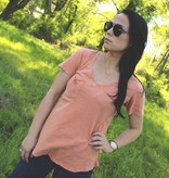 The Washed Cotton Pocket Tee in Coral Rose