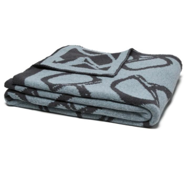 Eco Bits Reversible Throw, blue pond/smoke color