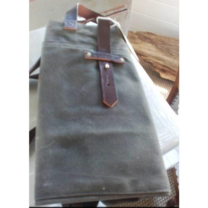Large Waxed Canvas Tote, moss color