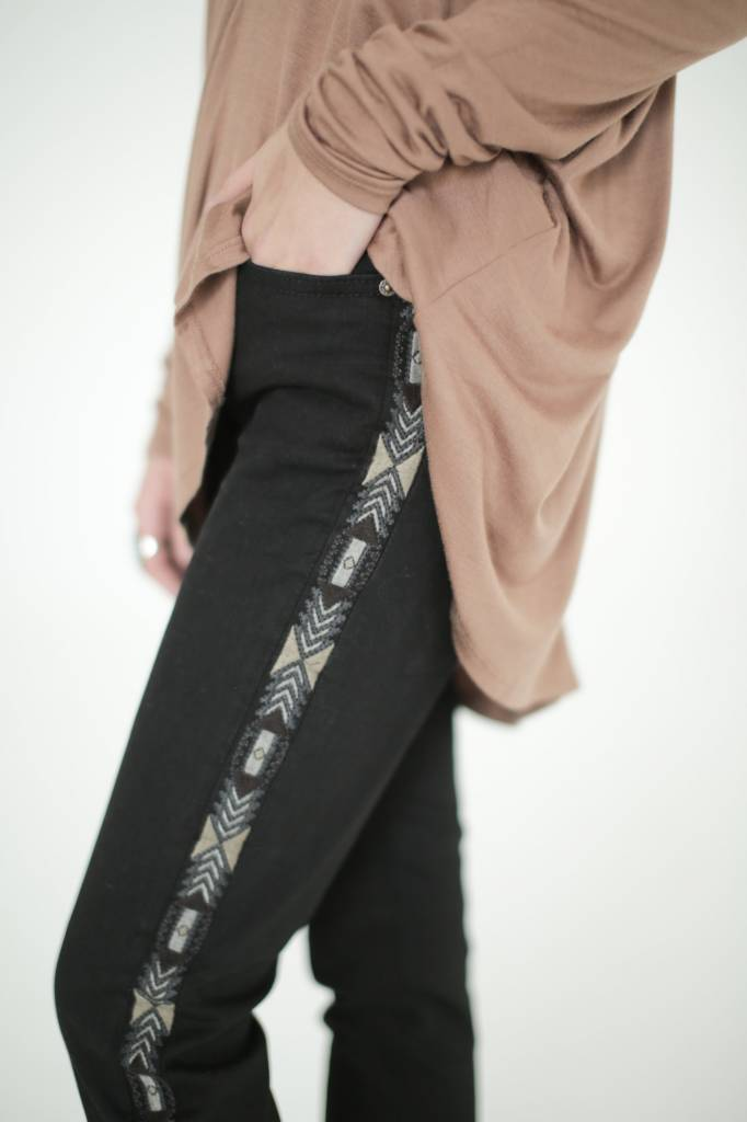 Driftwood Marilyn Black Skinny Jeans