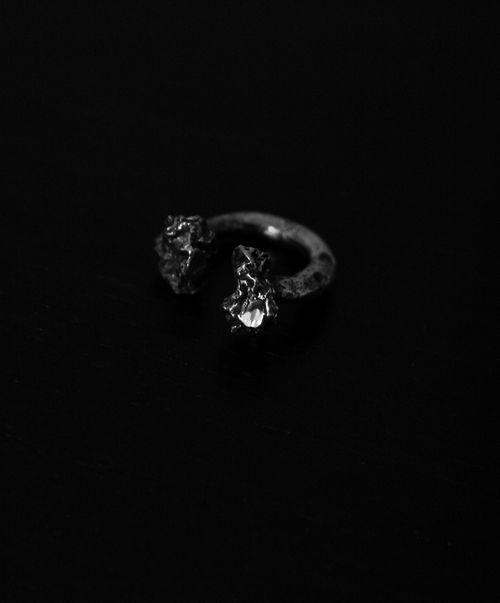 LLY Atelier Open Coal Ring