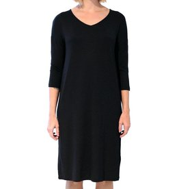 Ménage à Deux 3/4 Sleeve V-Neck Dress - Black