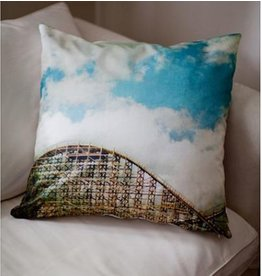 Monumentalove Small La Ronde Cushion Cover