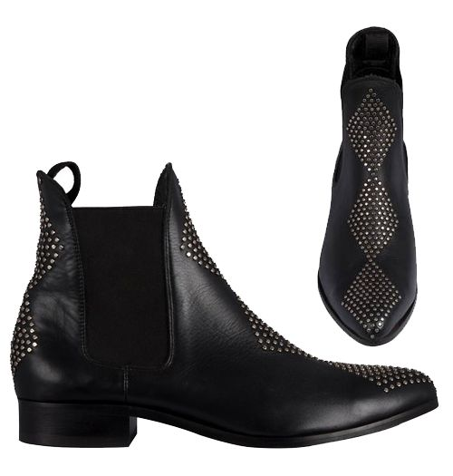 Manati Boots - Black Studs