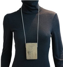 Louve Montreal Rectangle Wood Necklace