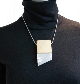 Louve Montreal Short Silver Leather Necklace