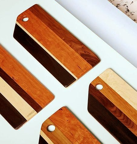 Avenue Coloniale Serving Plank - Mixed wood