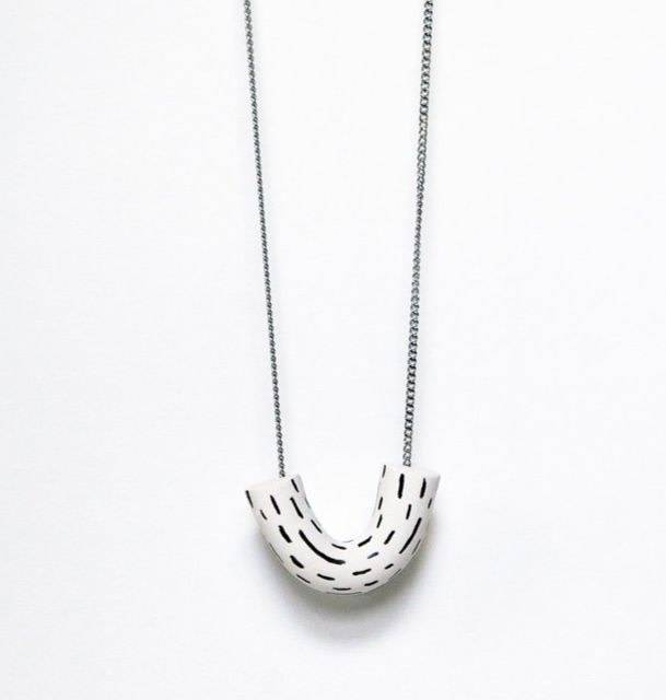 Oeil Noir Oeil Noir U Necklace