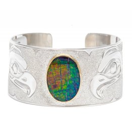 "1 1/4"" Eagle Silver and Iniskim Bracelet by Matilpi Designs."