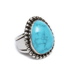 Natural Blue Ridge Ring S 7 by Randy and Etta Endito
