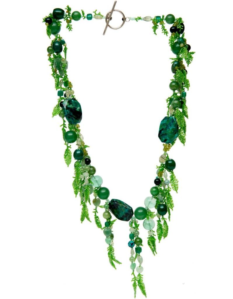 Beaded Necklace and Bracelet Set by Klalym.