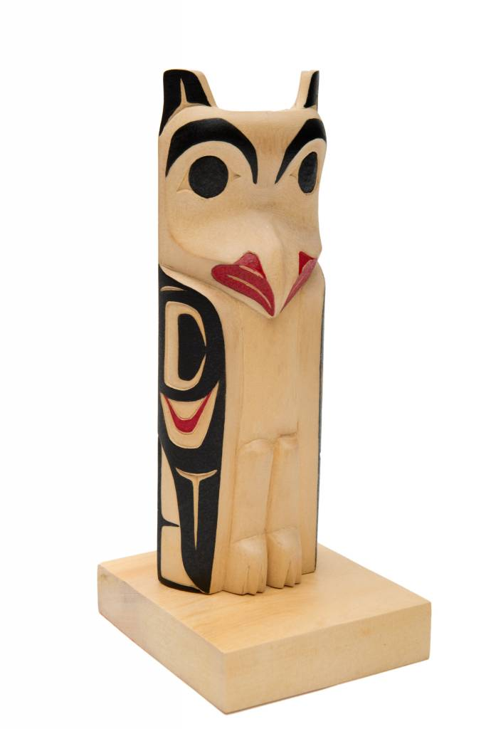 Small owl totem pole by James Tait (Nisga).