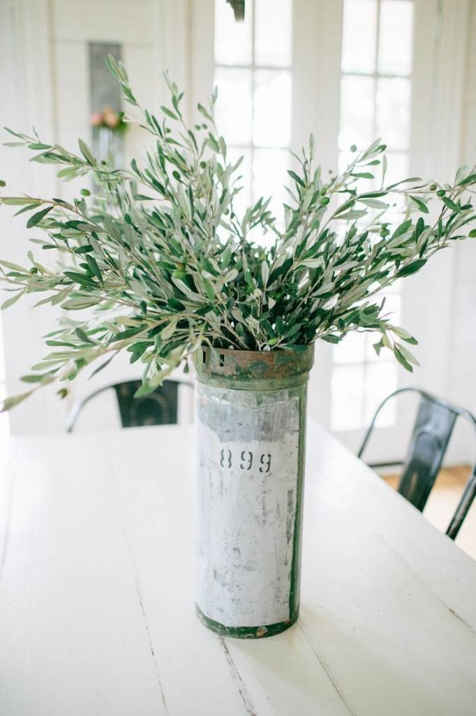 Tips & Tricks to freshen up your home this Spring